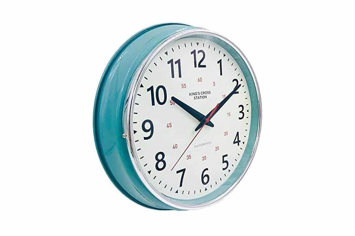 Countryside Style Metal Wall Clock