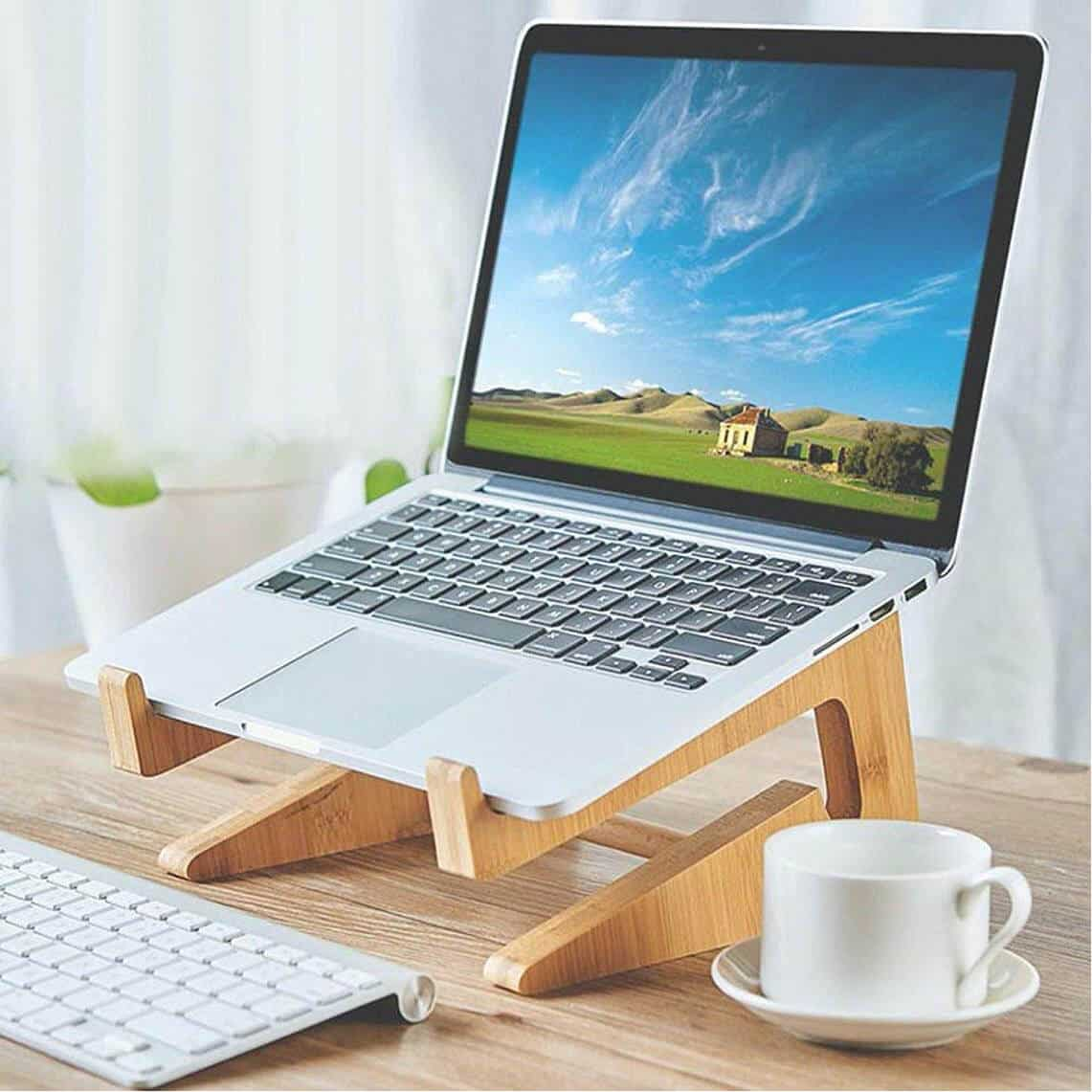 Wooden Macbook and Macbook Pro Laptop Stand