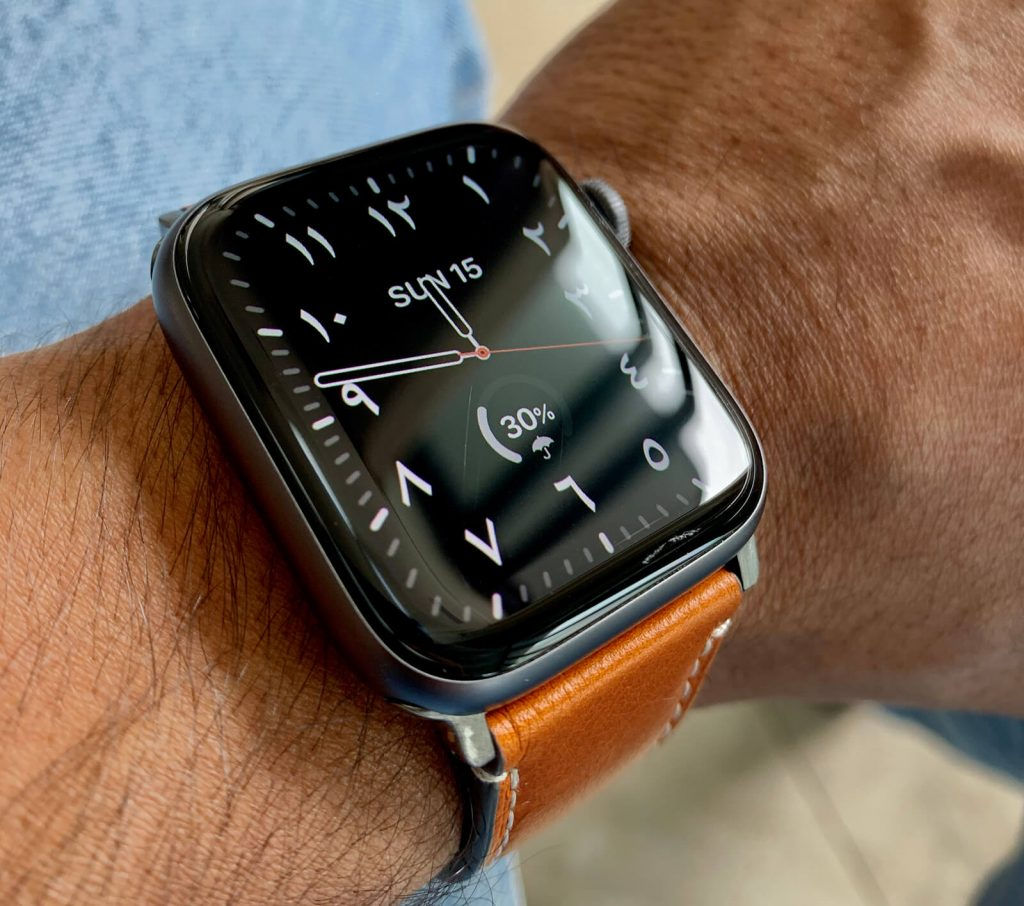 The 24 Best Leather Apple Watch Bands