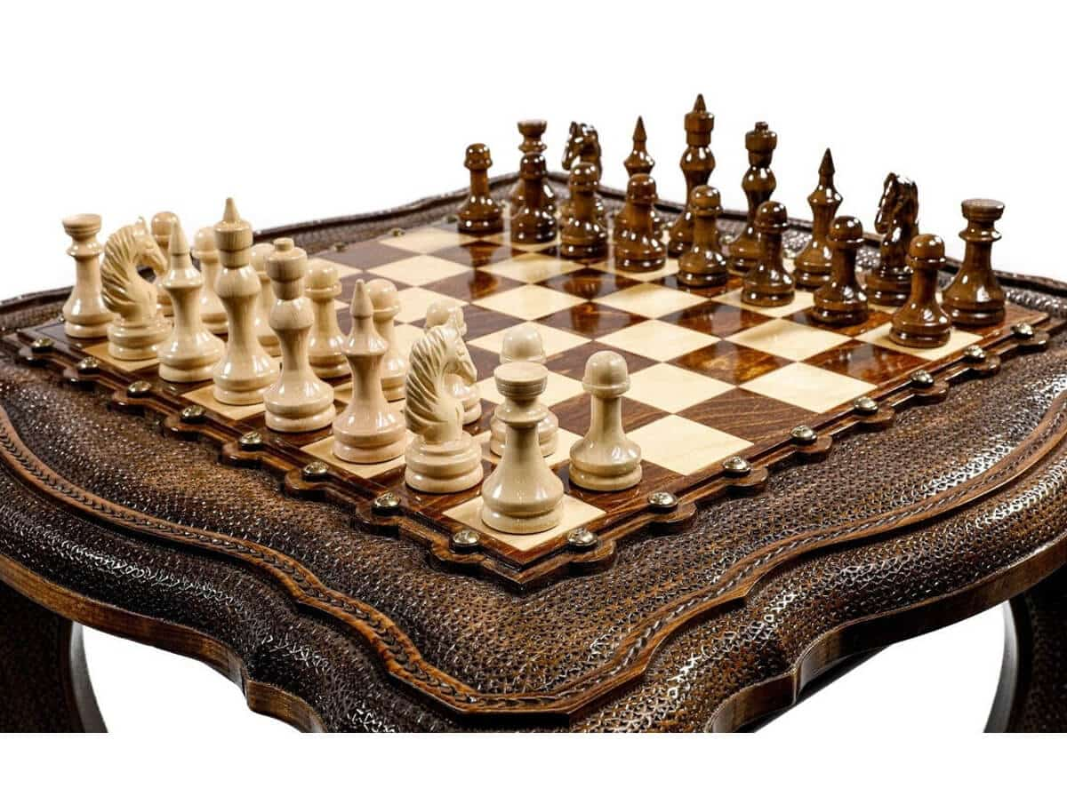 CanarianCanary - Luxurious Chess Table