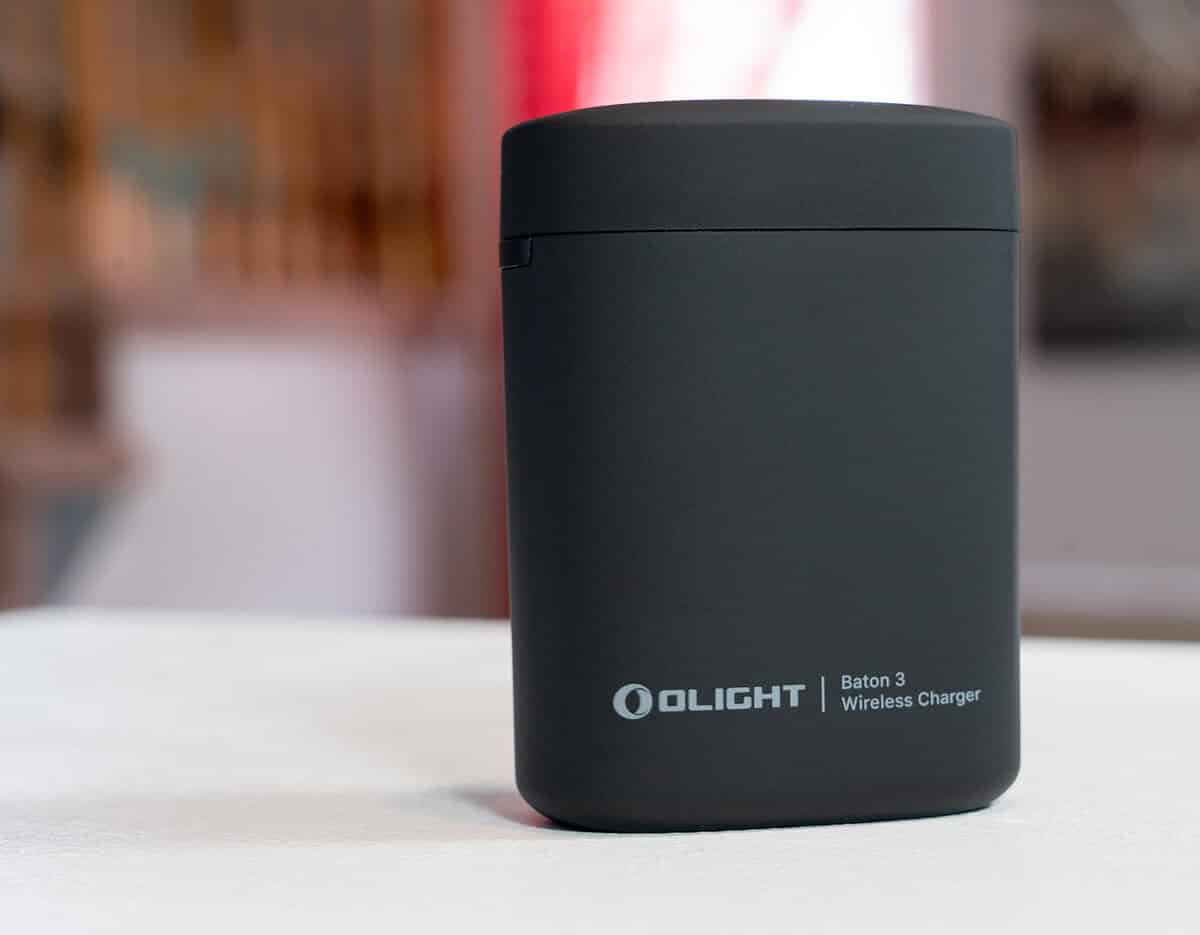 OLIGHT Baton 3 Review - Portable Charger