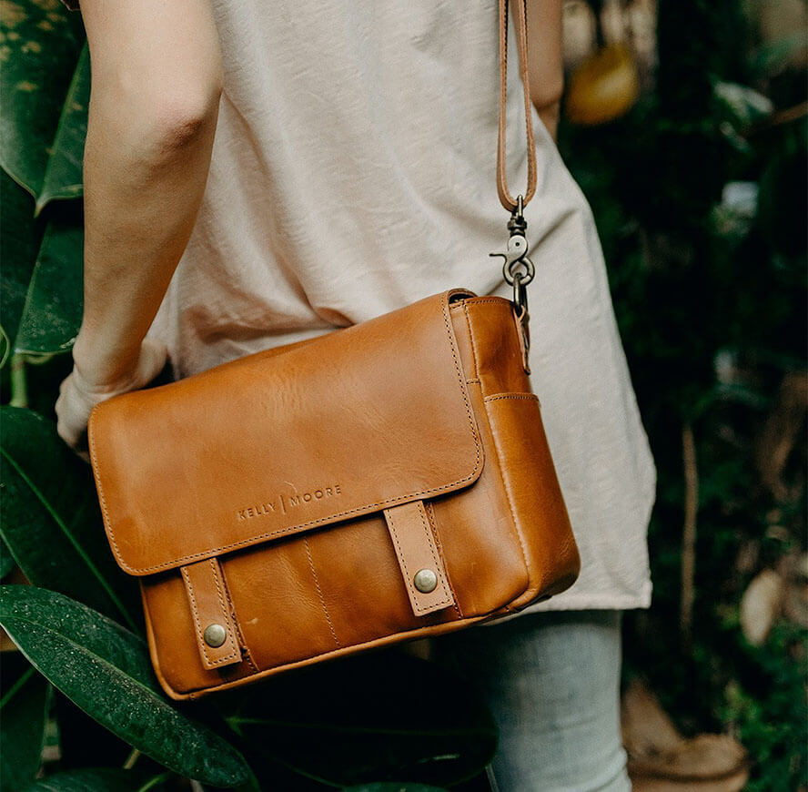 The Most Beautiful Leather Camera Bags