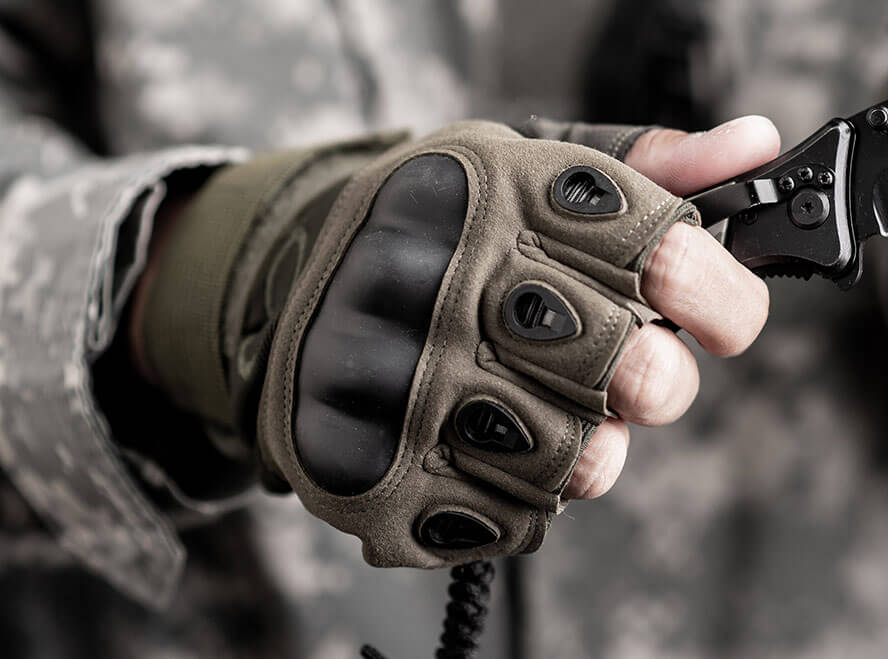 25 of the Best Tactical Gloves